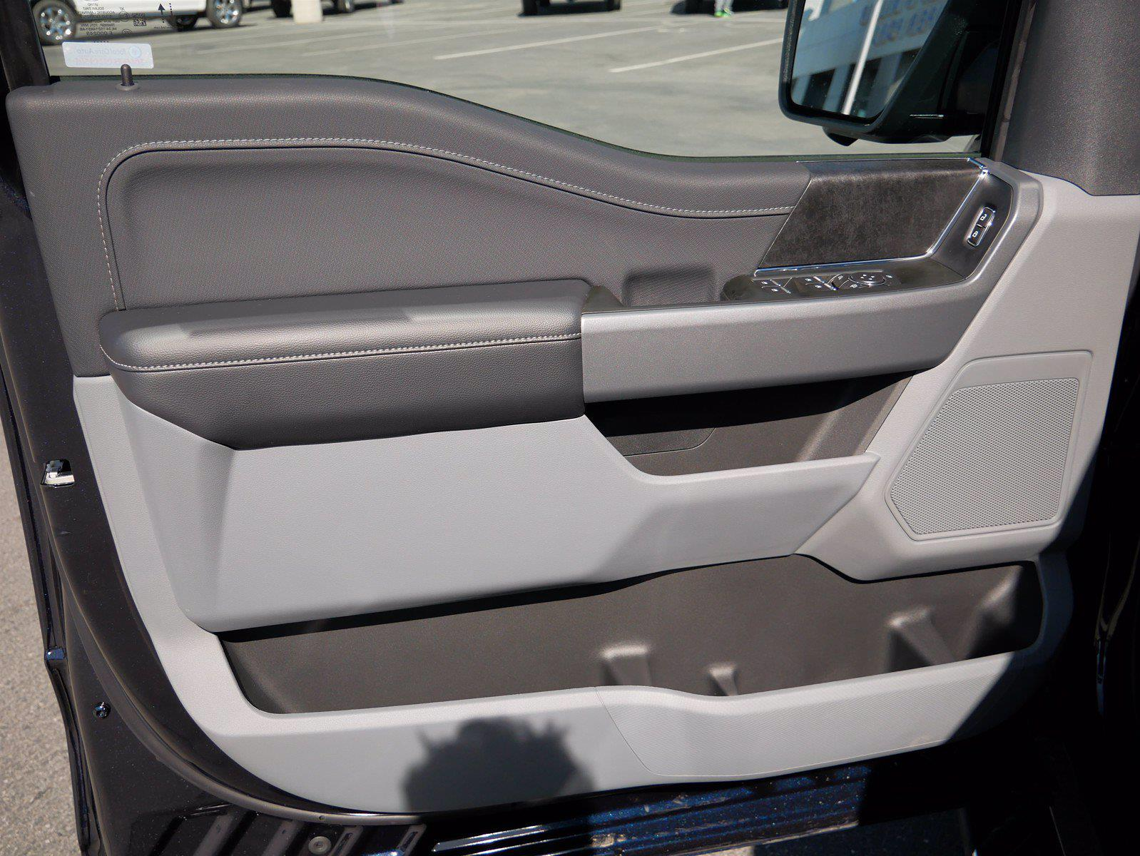2021 Ford F-150 SuperCrew Cab 4x4, Pickup #24363 - photo 10