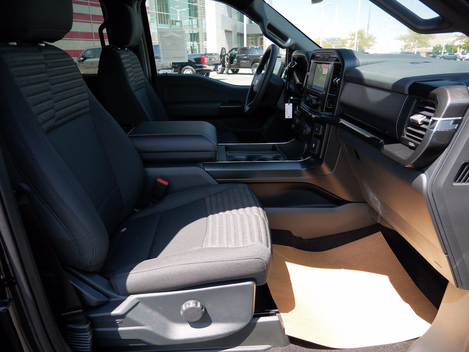 2021 F-150 SuperCrew Cab 4x4,  Pickup #24455 - photo 32