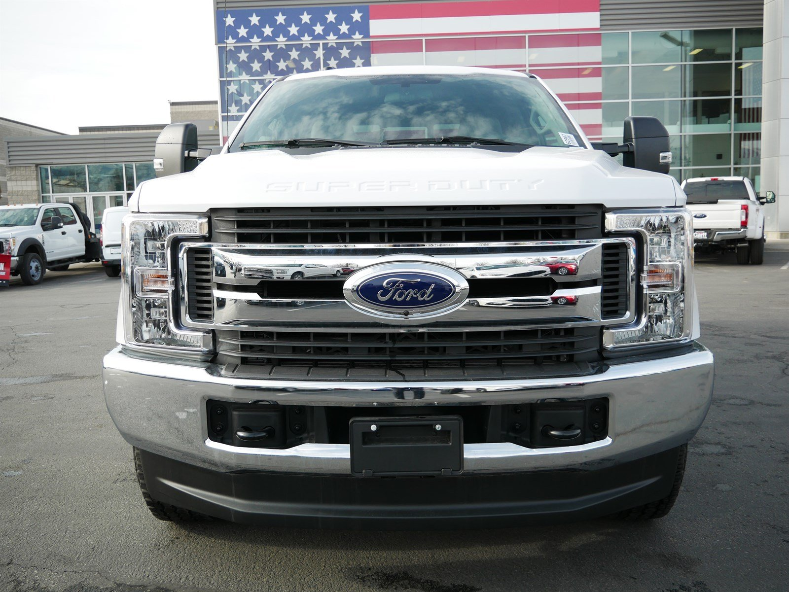 2019 F-350 Crew Cab 4x4, Pickup #62967 - photo 9