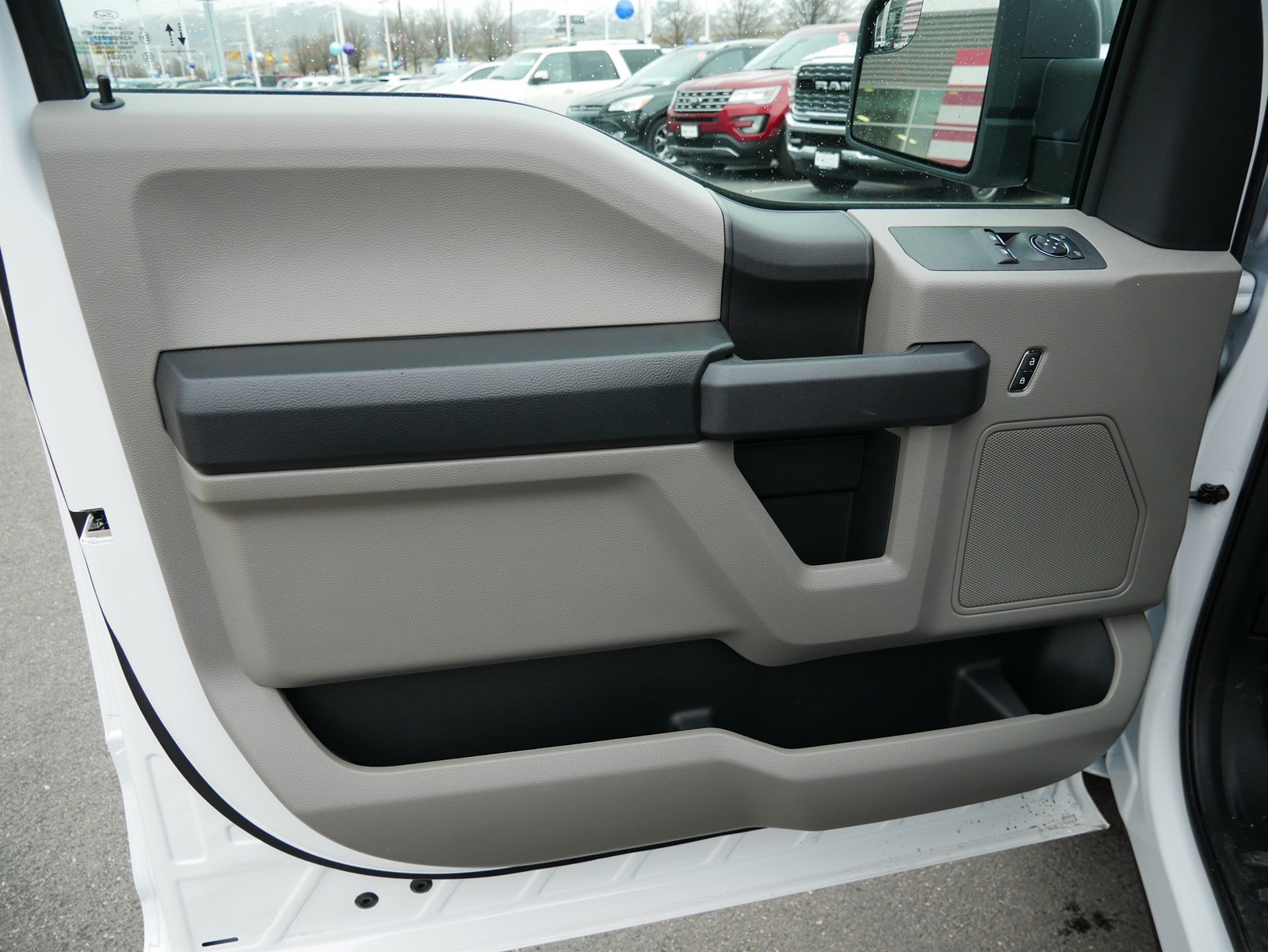2020 F-150 Regular Cab 4x2, Pickup #63040 - photo 10
