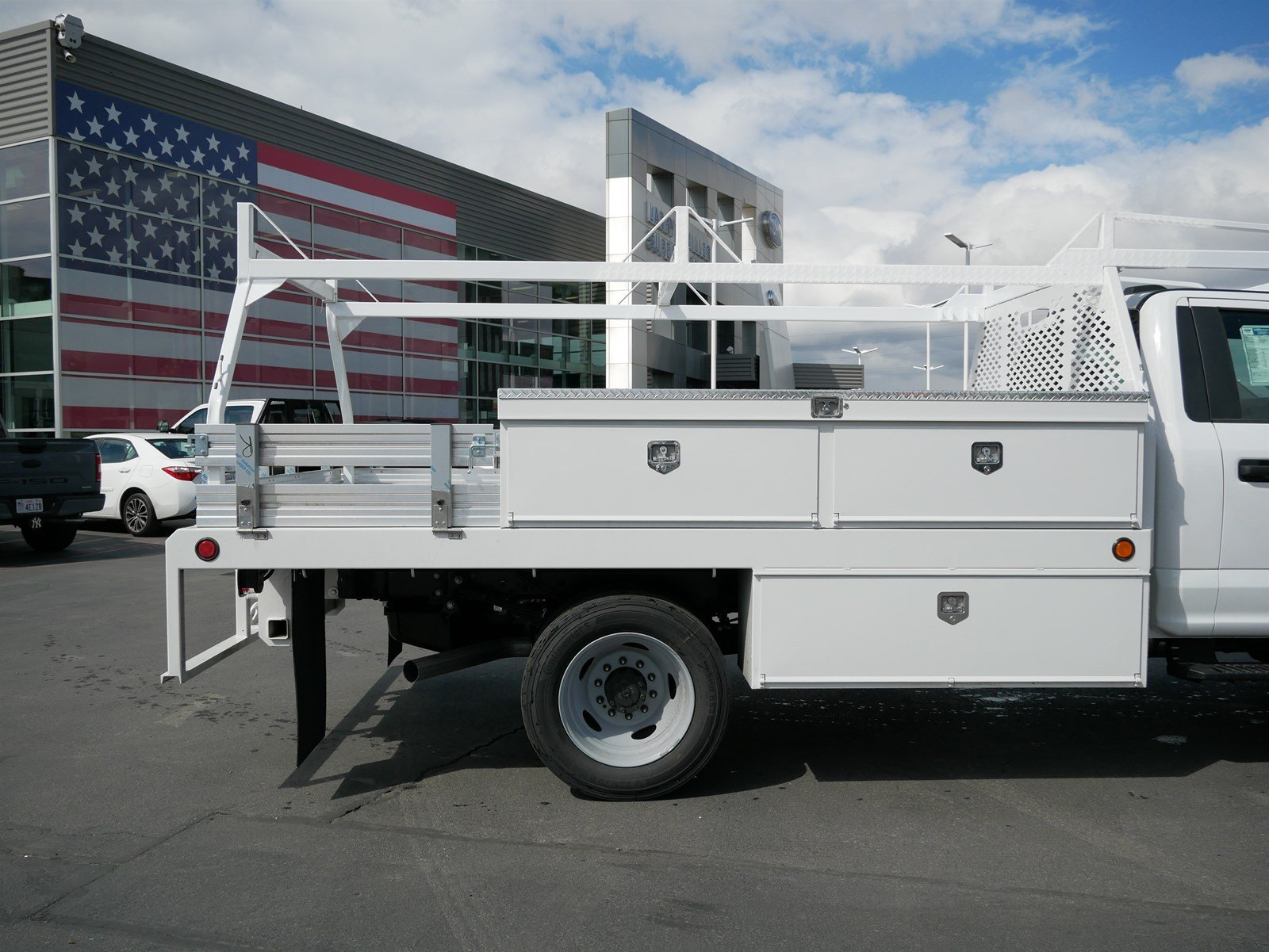 2020 F-550 Regular Cab DRW 4x4, Scelzi CTFB Contractor Body #63072 - photo 11