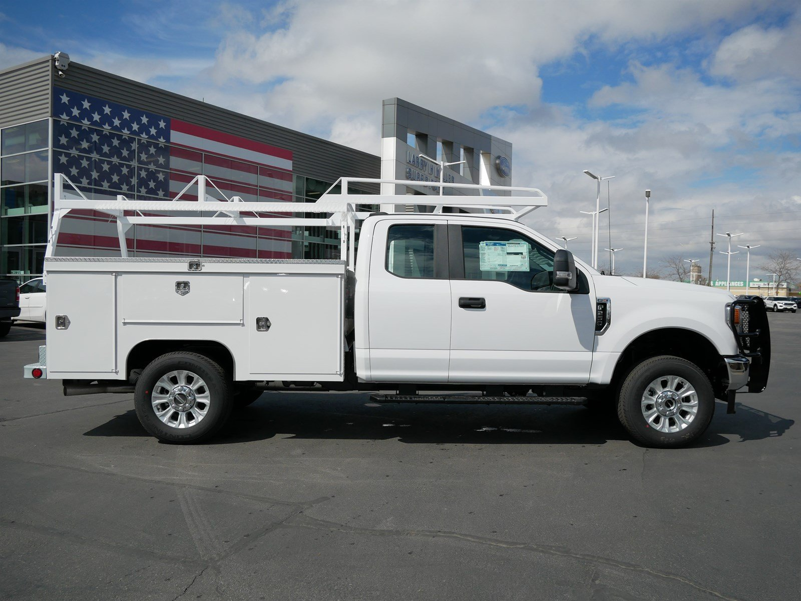 2020 F-250 Super Cab 4x4, Scelzi Service Body #63074 - photo 3