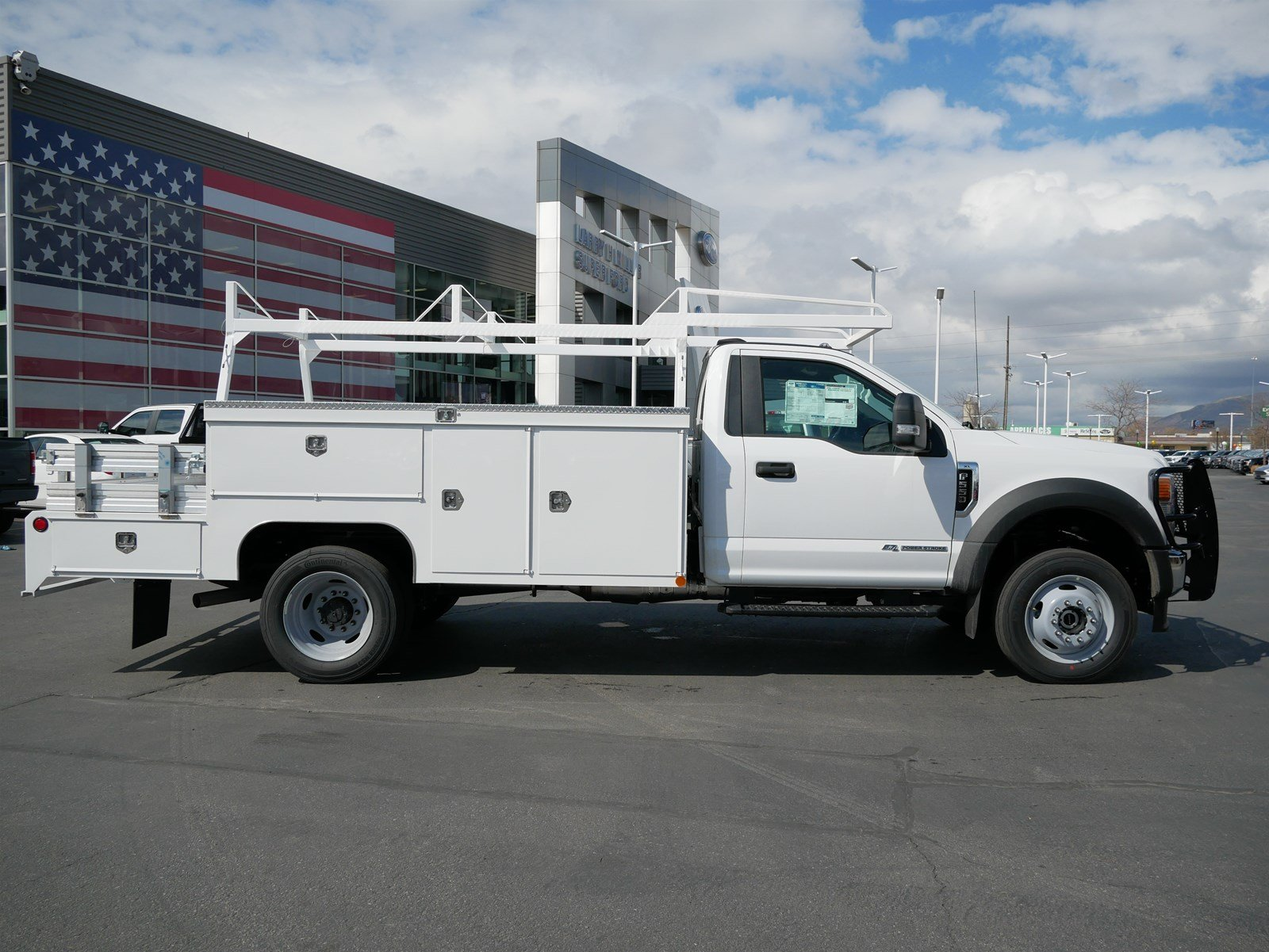 2020 F-550 Regular Cab DRW 4x4, Scelzi SEC Combo Body #63081 - photo 3