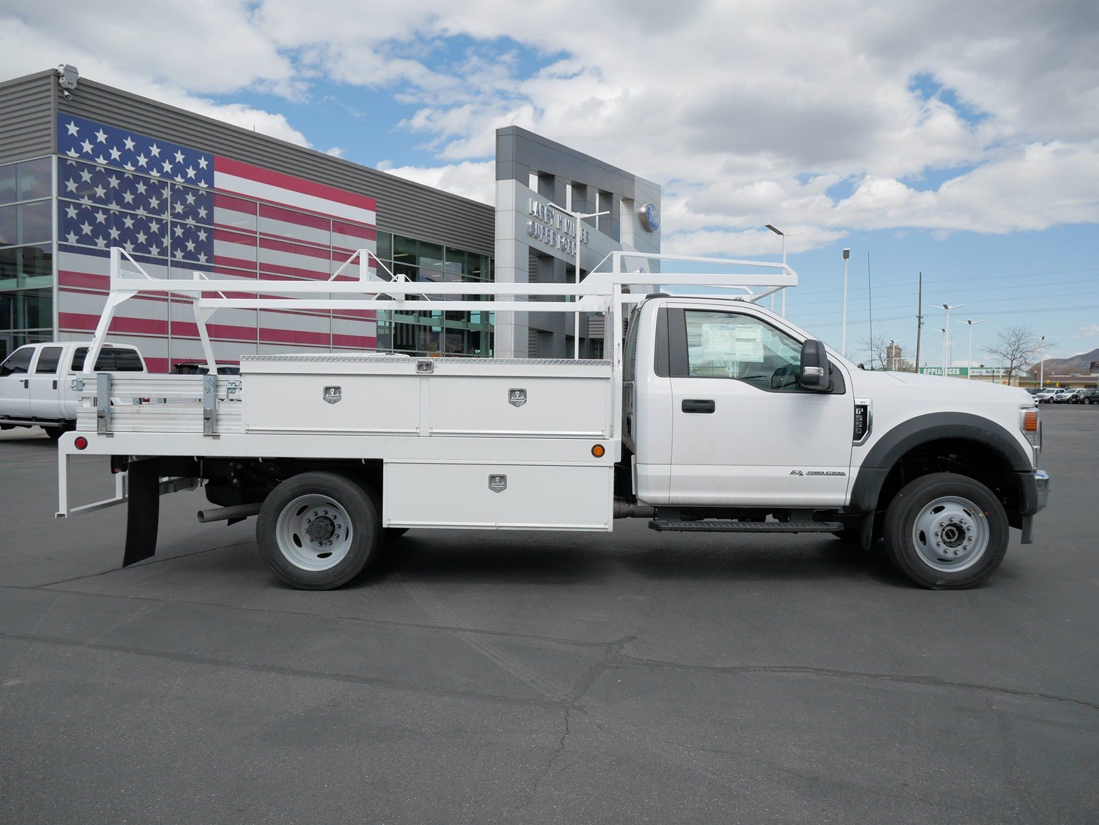 2020 Ford F-550 Regular Cab DRW 4x4, Scelzi CTFB Contractor Body #63090 - photo 3