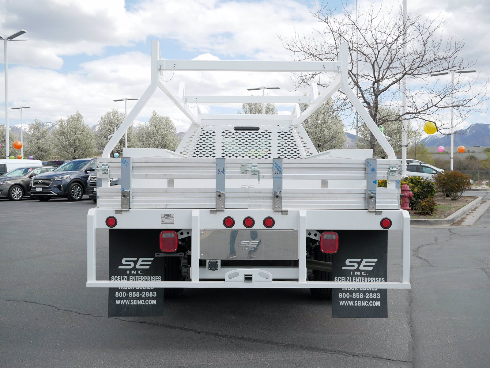 2020 Ford F-550 Regular Cab DRW 4x4, Scelzi CTFB Contractor Body #63090 - photo 6