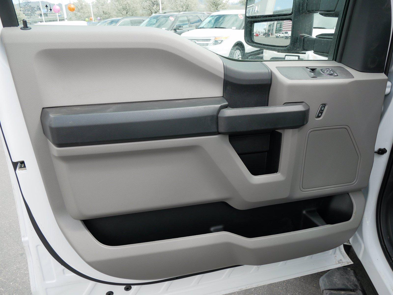 2020 Ford F-550 Regular Cab DRW 4x4, Scelzi CTFB Contractor Body #63090 - photo 13