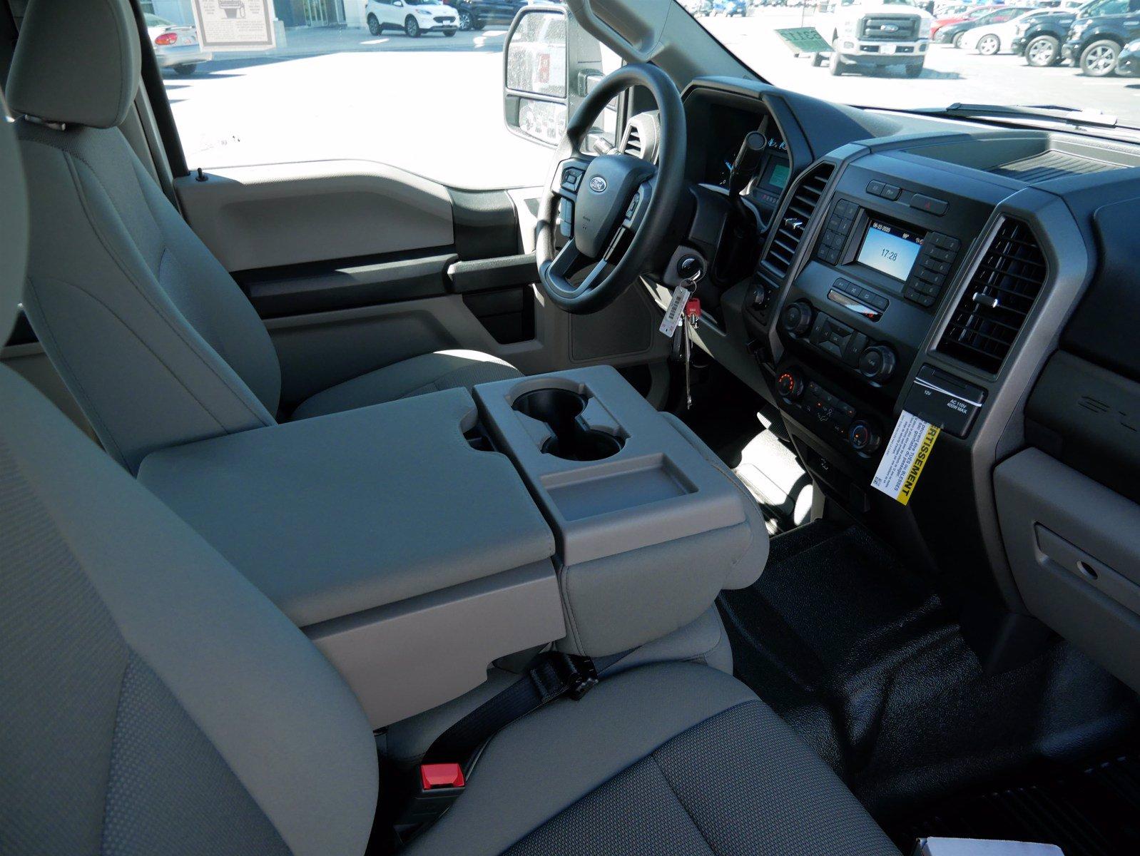 2020 Ford F-550 Crew Cab DRW 4x4, Scelzi CTFB Contractor Body #63112 - photo 33