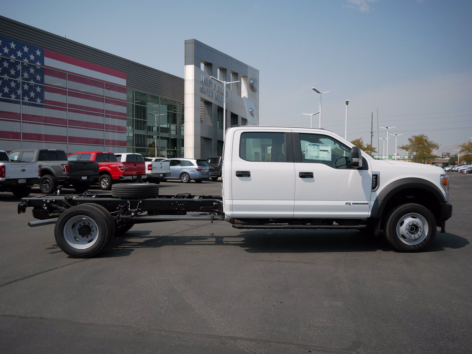 2020 Ford F-550 Crew Cab DRW 4x4, Cab Chassis #63160 - photo 3