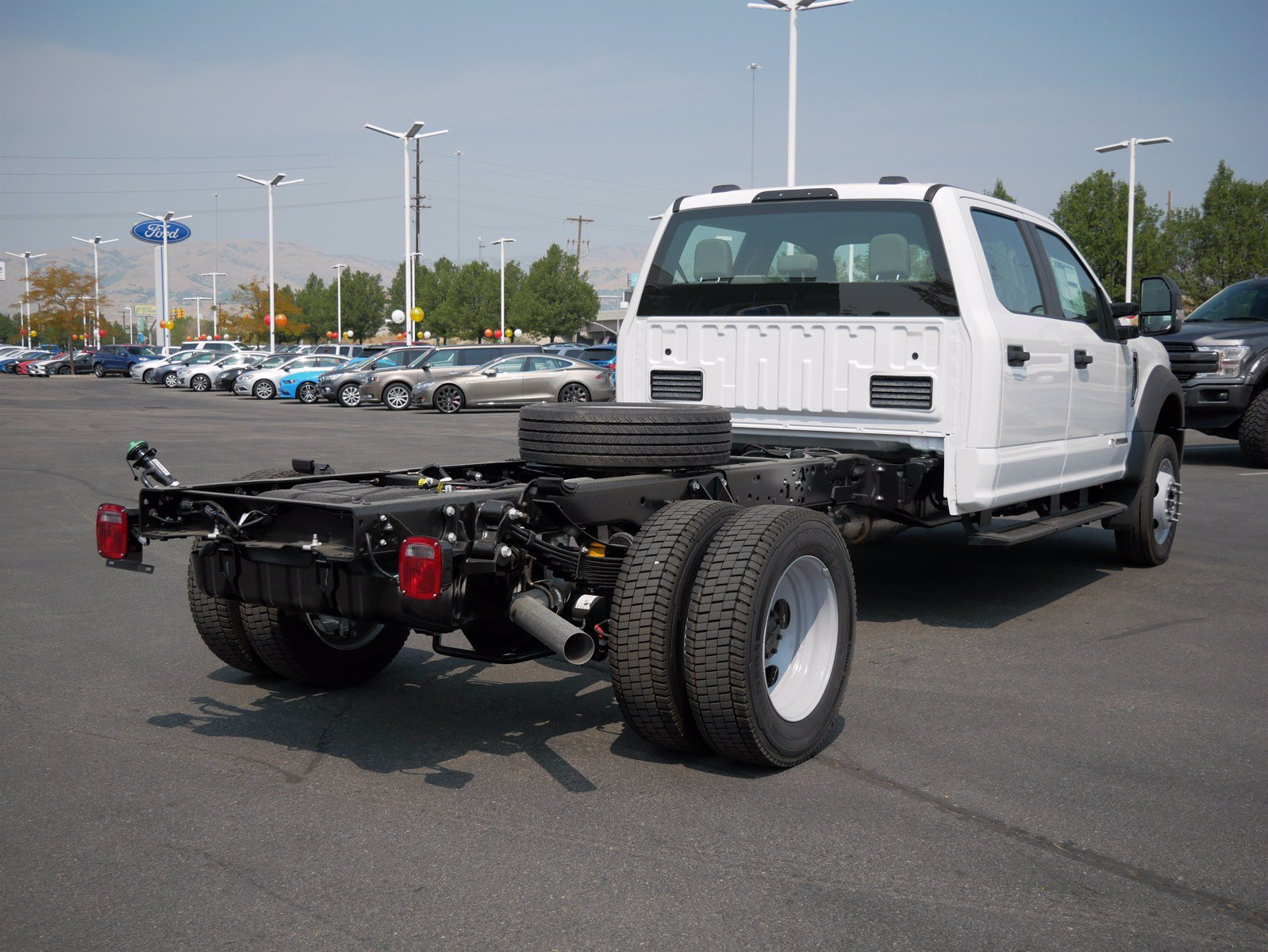 2020 Ford F-550 Crew Cab DRW 4x4, Cab Chassis #63166 - photo 2
