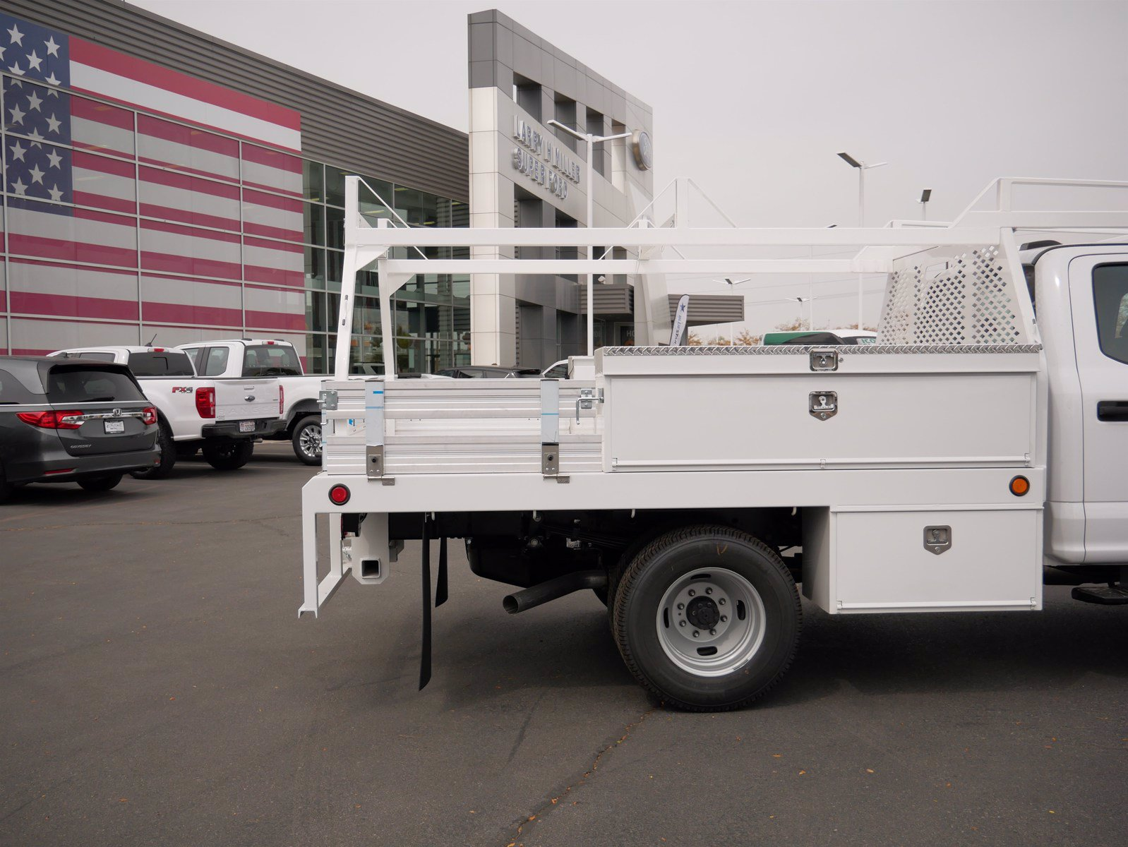 2020 Ford F-350 Crew Cab DRW 4x4, Scelzi CTFB Contractor Body #63200 - photo 12