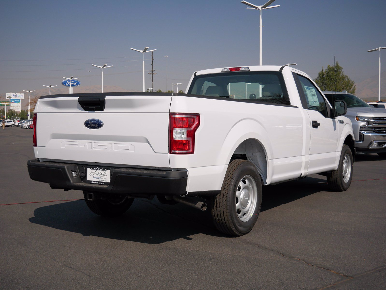 2020 Ford F-150 Regular Cab 4x2, Pickup #63211 - photo 2