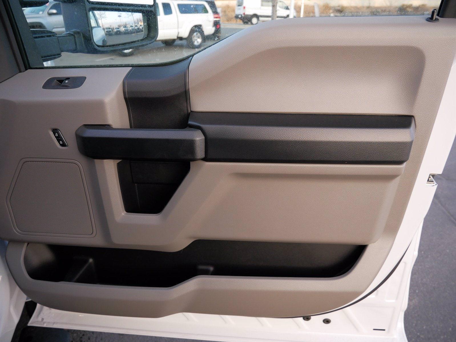 2020 Ford F-550 Regular Cab DRW 4x4, Scelzi Dump Body #63233 - photo 24