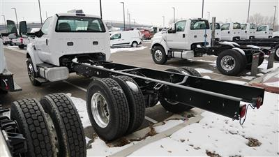 2018 F-650 Regular Cab DRW 4x2,  Cab Chassis #68217 - photo 3