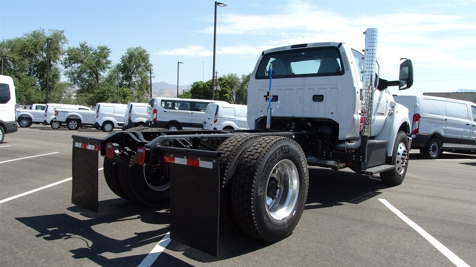 2019 F-750 Regular Cab DRW 4x2,  Cab Chassis #69001 - photo 2