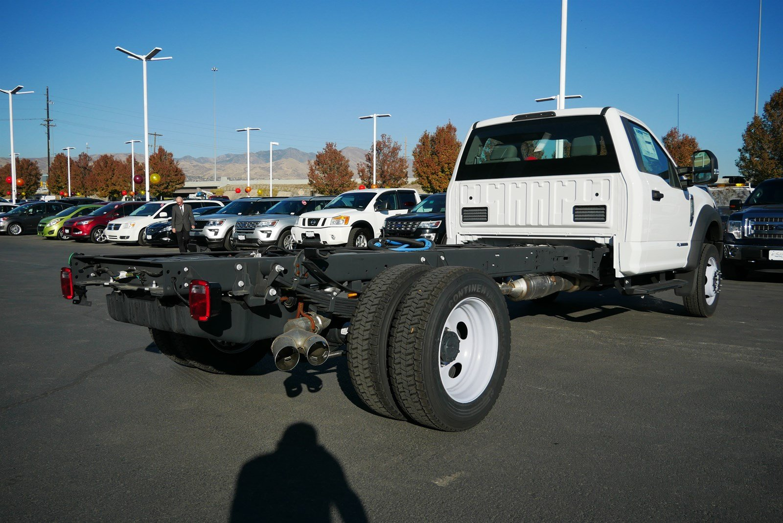 2019 Ford F-550 Regular Cab DRW 4x2, Cab Chassis #69200 - photo 1