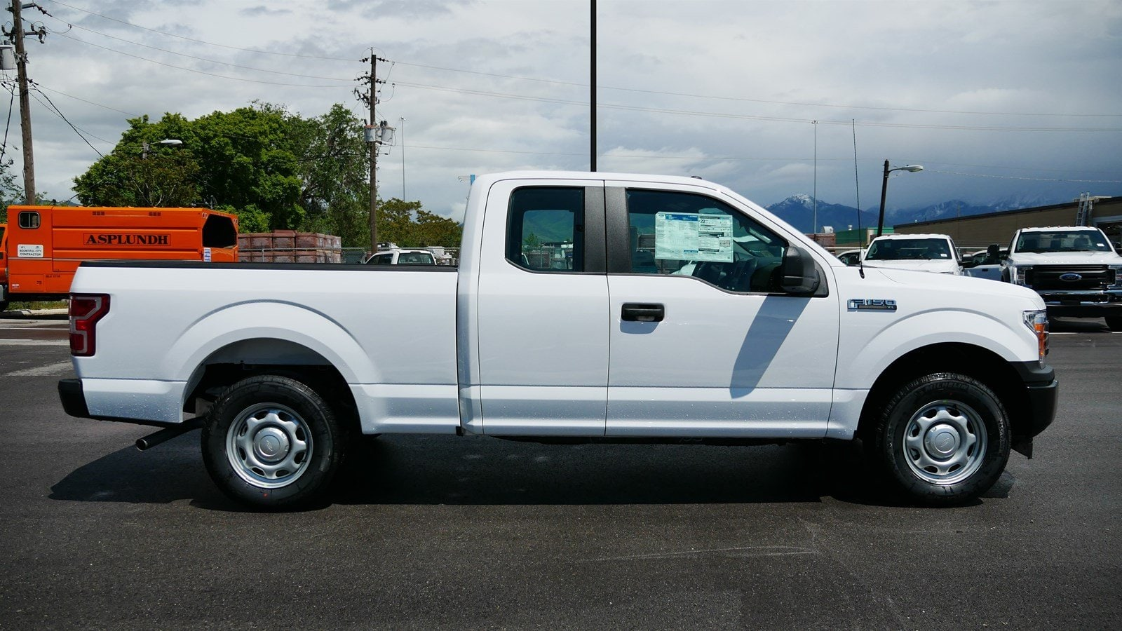 2019 F-150 Super Cab 4x2, Pickup #69237 - photo 3