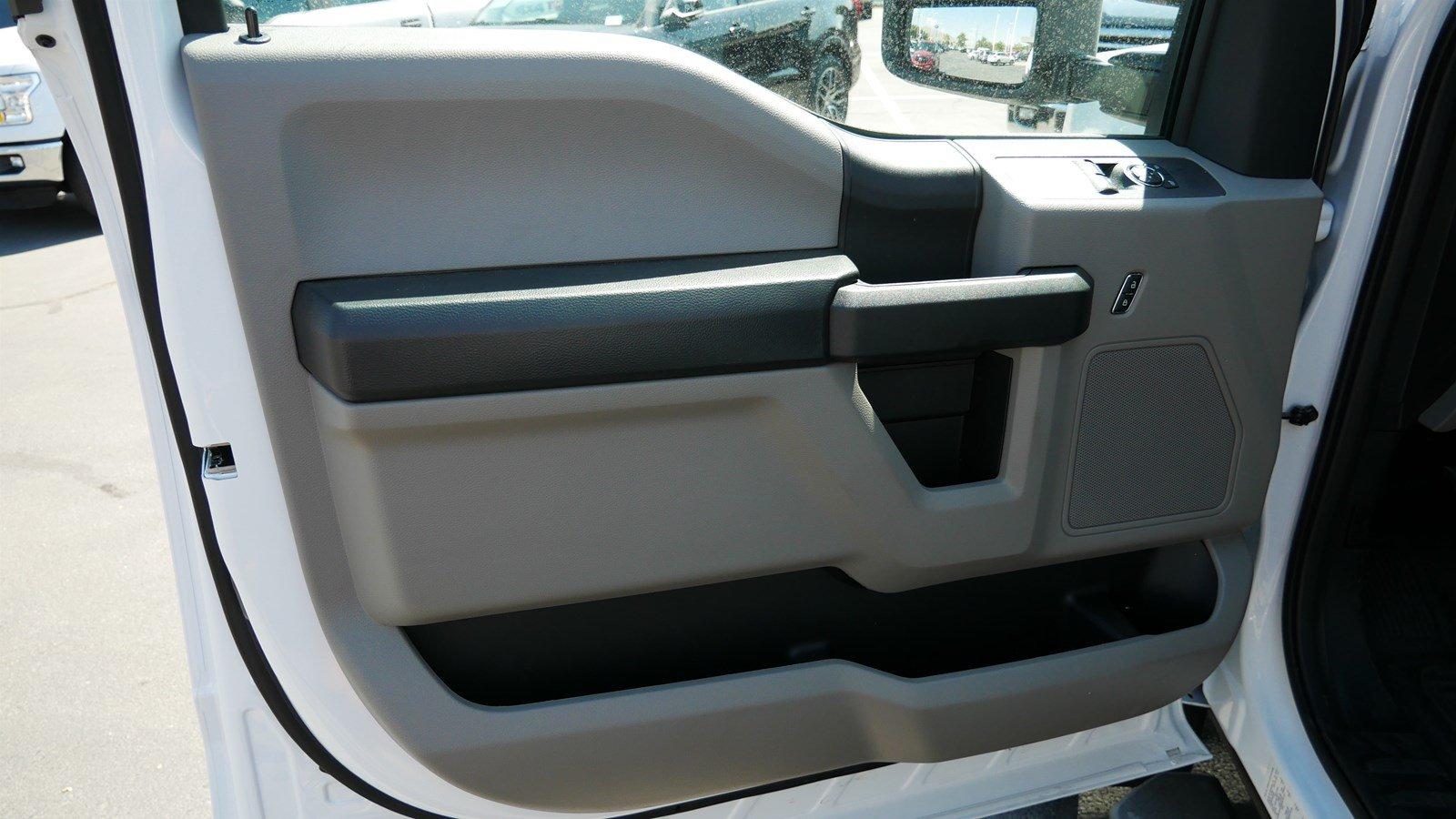 2019 F-550 Regular Cab DRW 4x4,  Scelzi Contractor Body #69285 - photo 10
