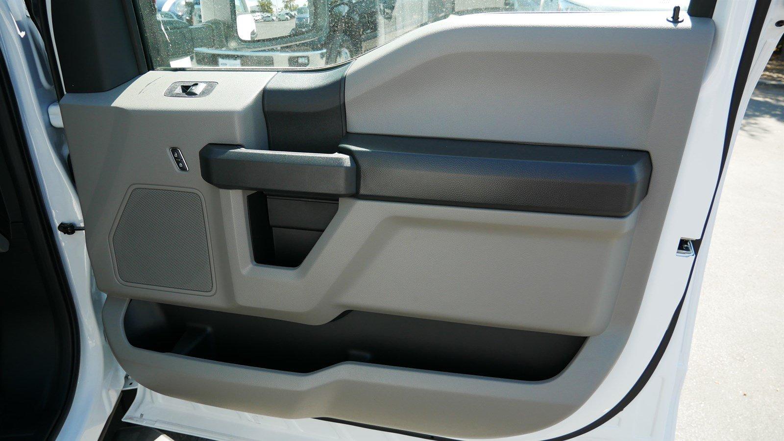 2019 F-550 Regular Cab DRW 4x4,  Scelzi Contractor Body #69285 - photo 24