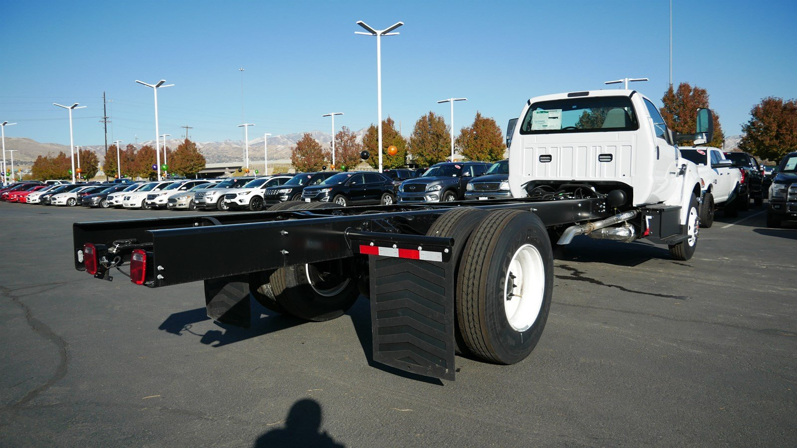 2019 F-750 Regular Cab DRW 4x2, Cab Chassis #69291 - photo 2