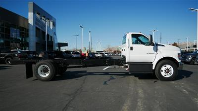 2019 F-750 Regular Cab DRW 4x2, Cab Chassis #69291 - photo 3