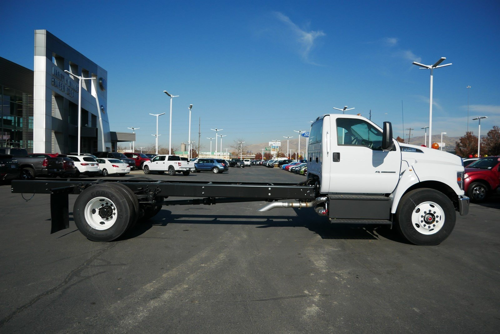 2019 F-750 Regular Cab DRW 4x2, Cab Chassis #69293 - photo 2