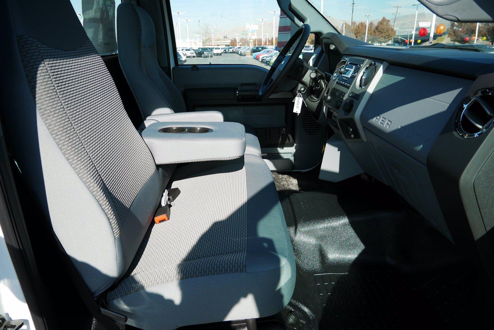 2019 Ford F-750 Regular Cab DRW RWD, Cab Chassis #69293 - photo 22