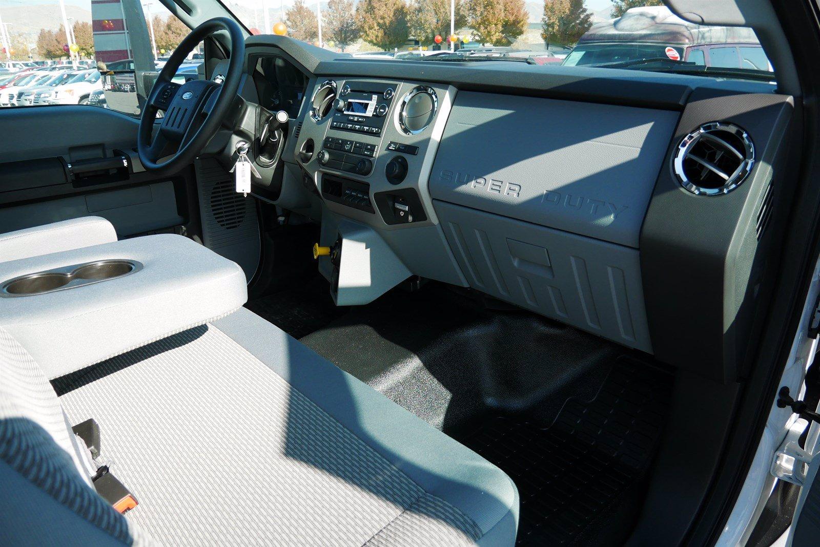 2019 Ford F-750 Regular Cab DRW RWD, Cab Chassis #69293 - photo 23