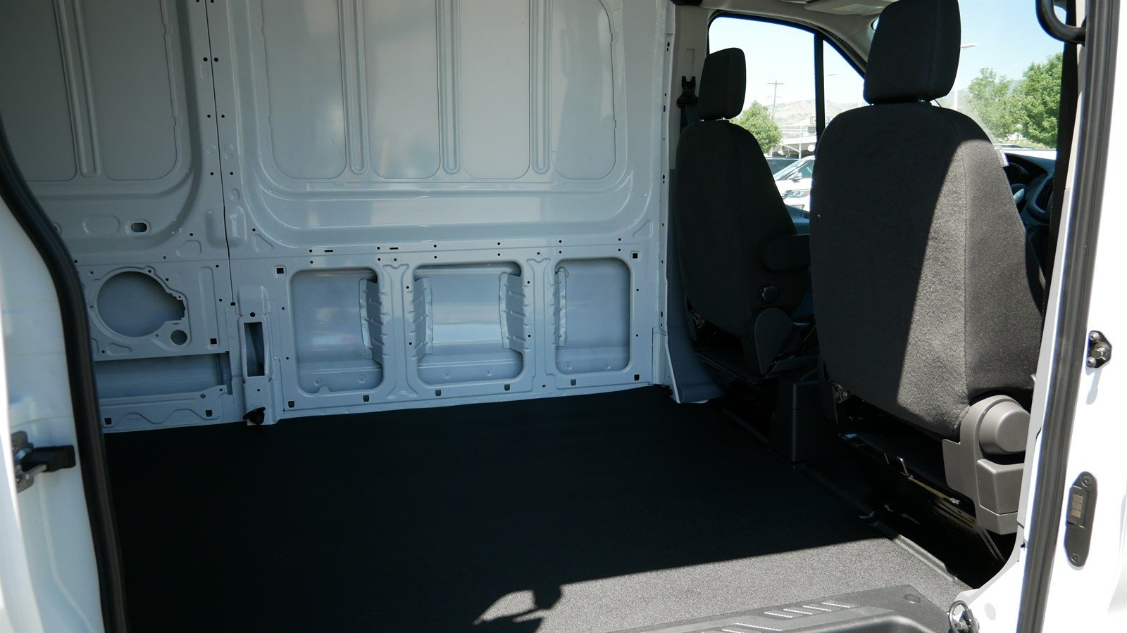 2019 Transit 250 Med Roof 4x2,  Empty Cargo Van #69304 - photo 25