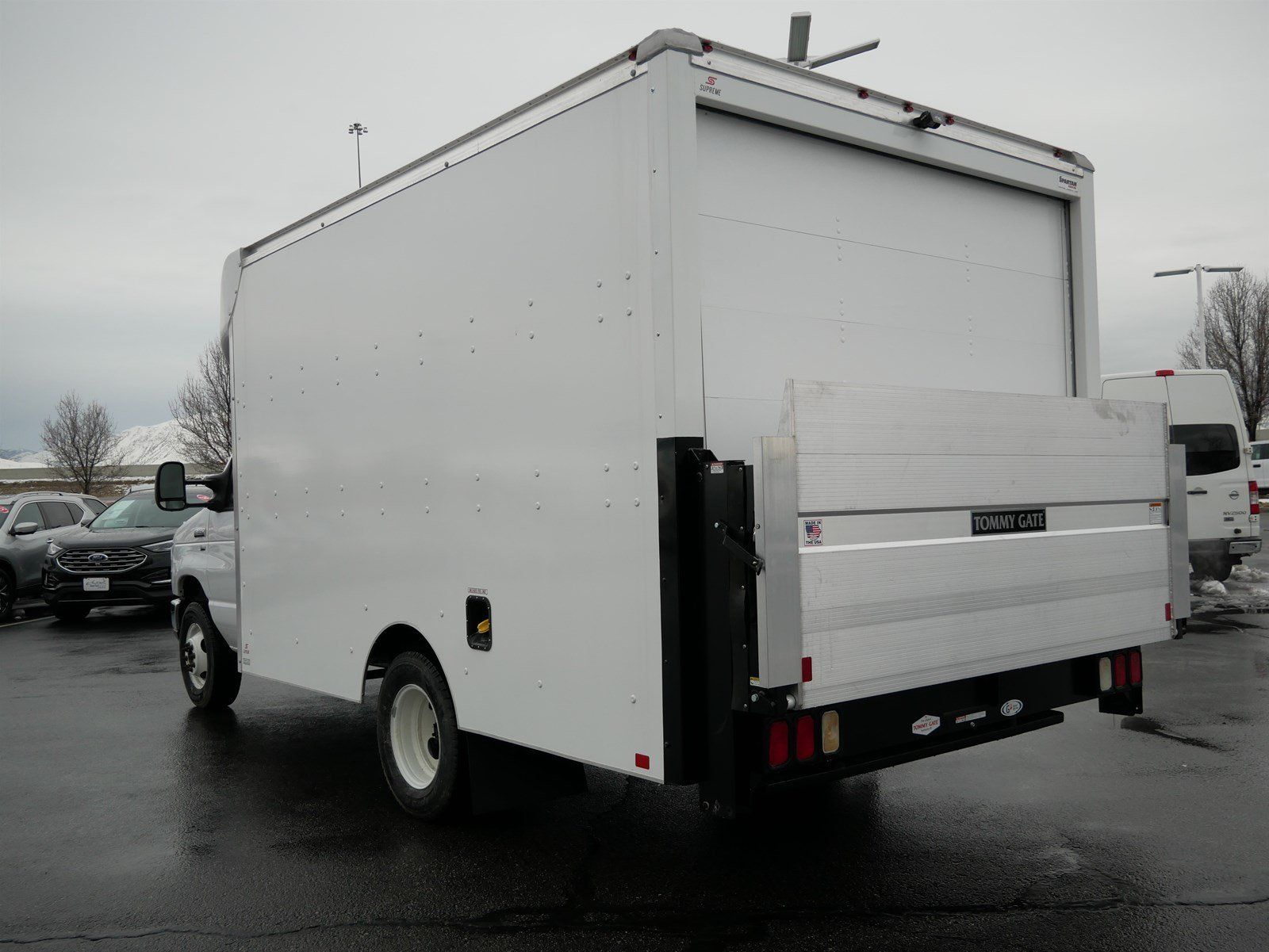 2018 E-350 4x2, Supreme Spartan Cargo Cutaway Van #69332 - photo 6