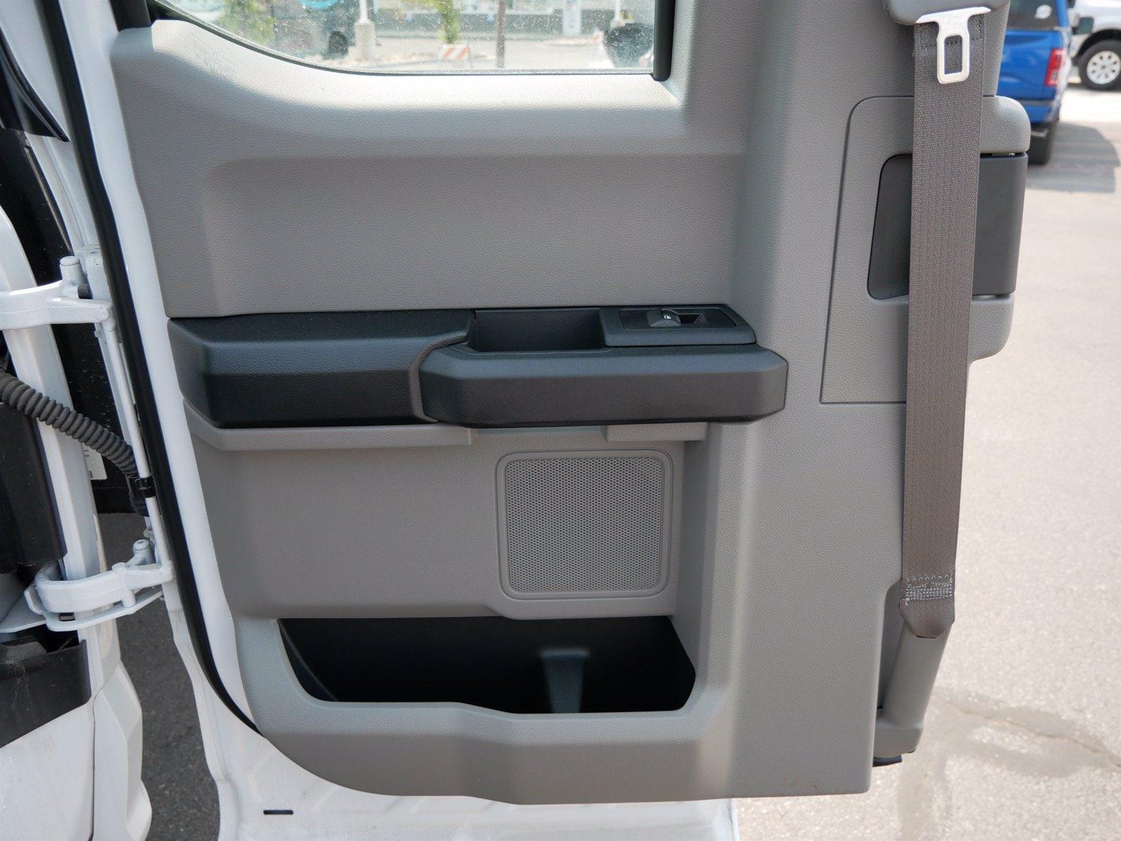 2019 Ford F-550 Super Cab DRW 4x4, CM Truck Beds Platform Body #69365 - photo 22