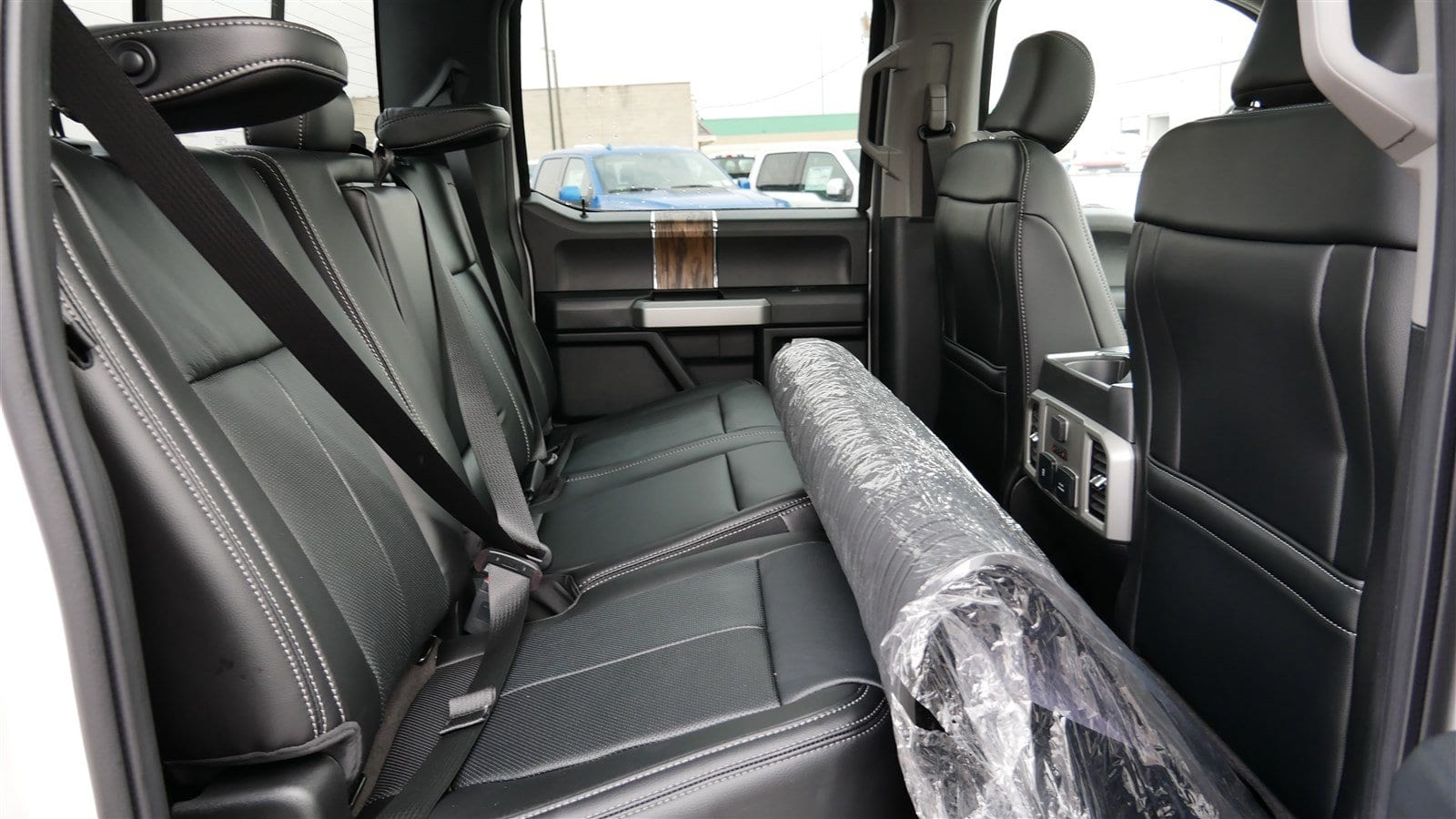 2019 F-150 SuperCrew Cab 4x4,  Pickup #70184 - photo 32