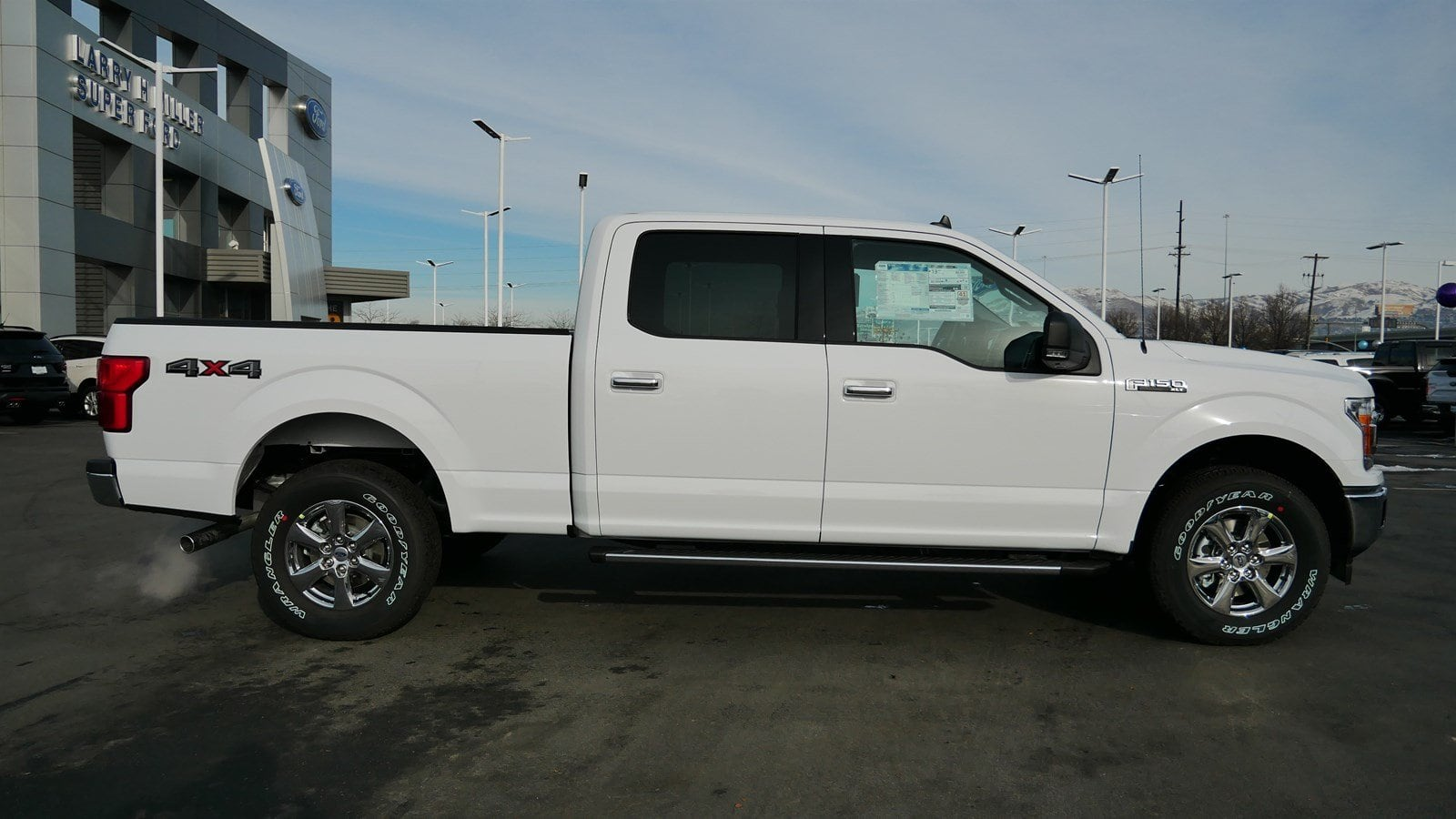2019 F-150 SuperCrew Cab 4x4,  Pickup #70241 - photo 3