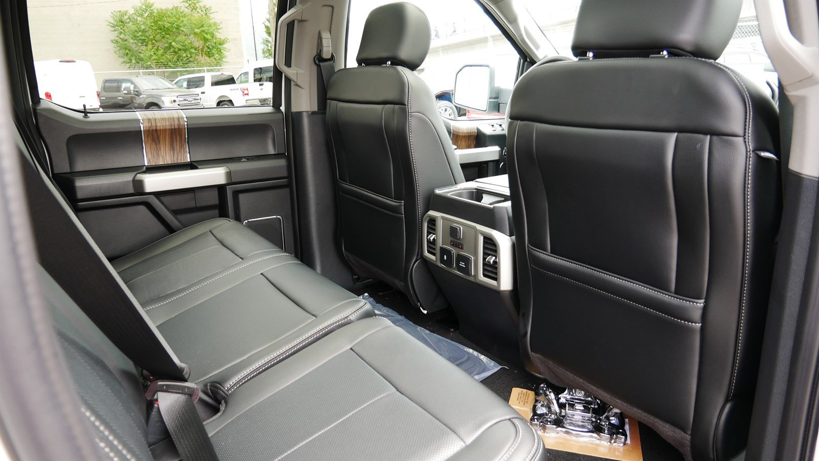 2019 F-150 SuperCrew Cab 4x4,  Pickup #70864 - photo 33