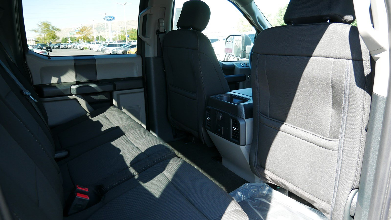 2019 F-150 SuperCrew Cab 4x4, Pickup #71138 - photo 28