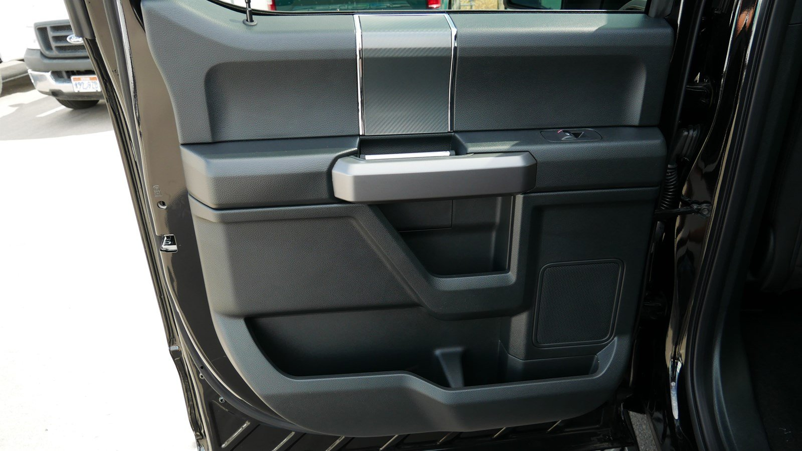 2019 F-150 SuperCrew Cab 4x4,  Pickup #71141 - photo 27
