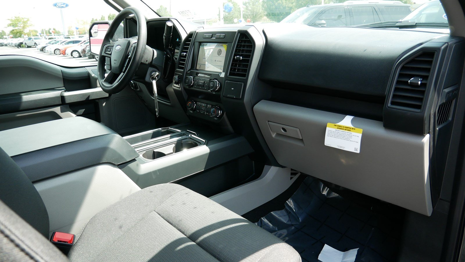 2019 F-150 SuperCrew Cab 4x4, Pickup #71159 - photo 32