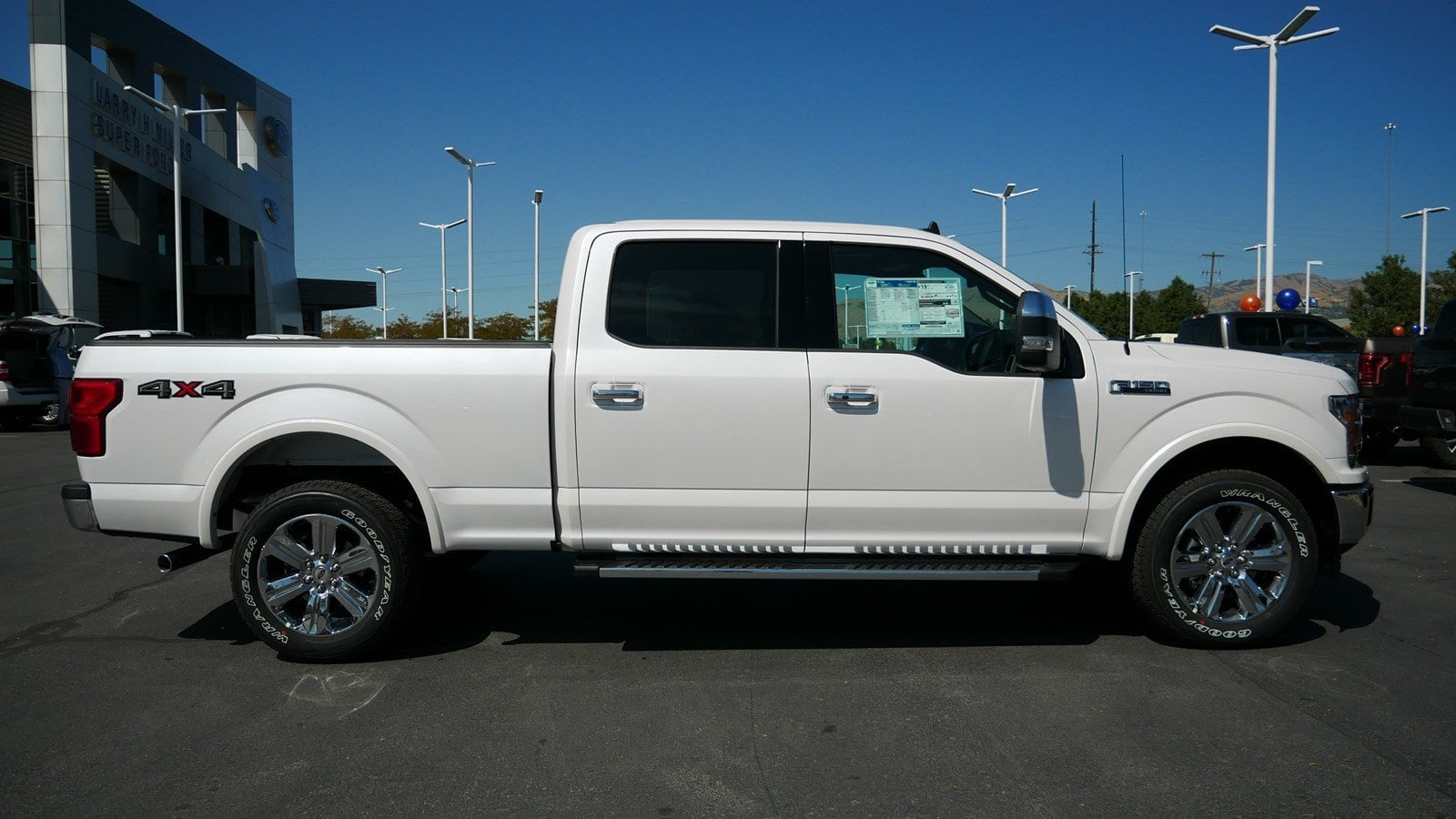 2019 F-150 SuperCrew Cab 4x4, Pickup #71190 - photo 3