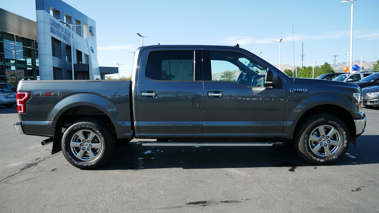 2019 F-150 SuperCrew Cab 4x4, Pickup #71212 - photo 4
