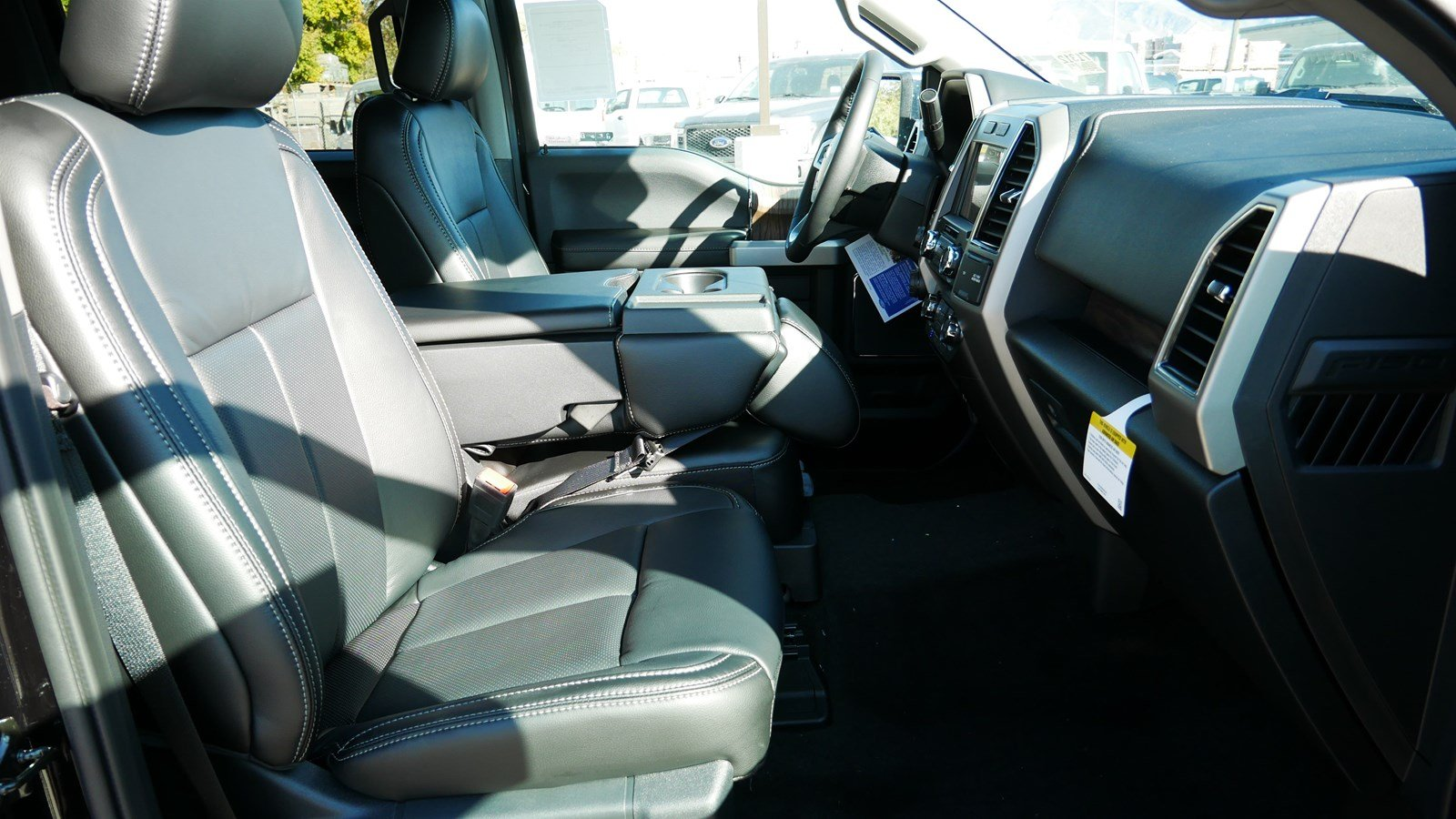 2019 F-150 SuperCrew Cab 4x4, Pickup #71312 - photo 34