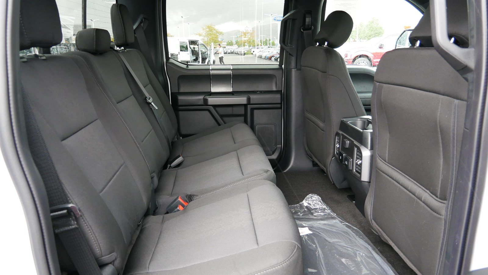 2019 F-150 SuperCrew Cab 4x4, Pickup #71344 - photo 30