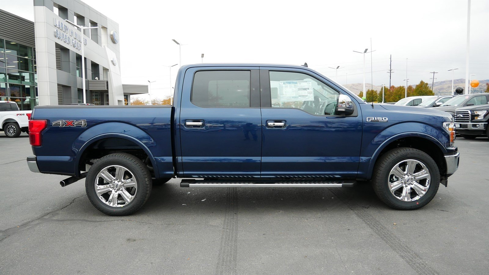 2019 F-150 SuperCrew Cab 4x4, Pickup #71360 - photo 3