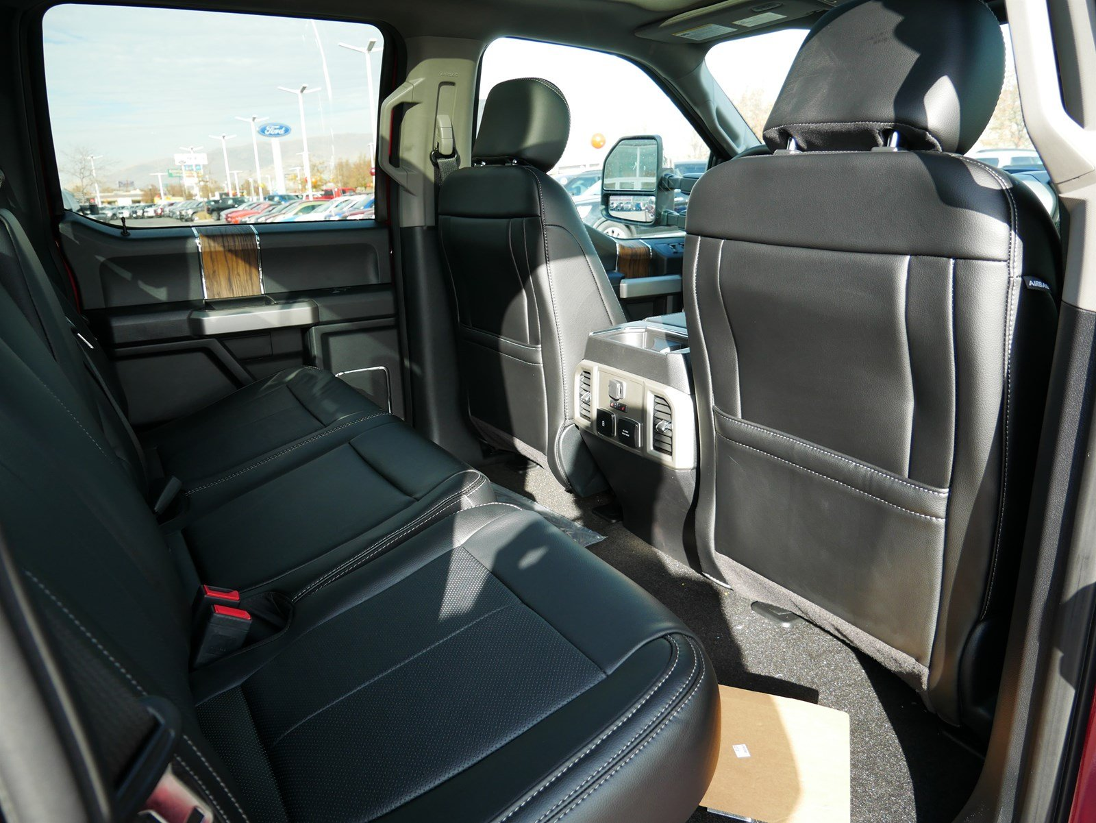 2019 F-150 SuperCrew Cab 4x4, Pickup #71377 - photo 33