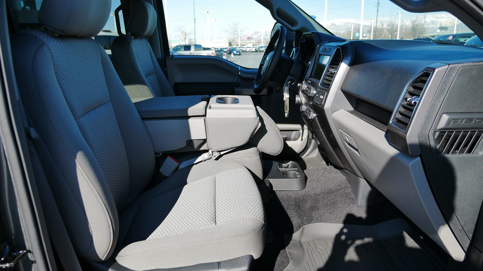 2019 F-150 SuperCrew Cab 4x4,  Pickup #77059 - photo 32