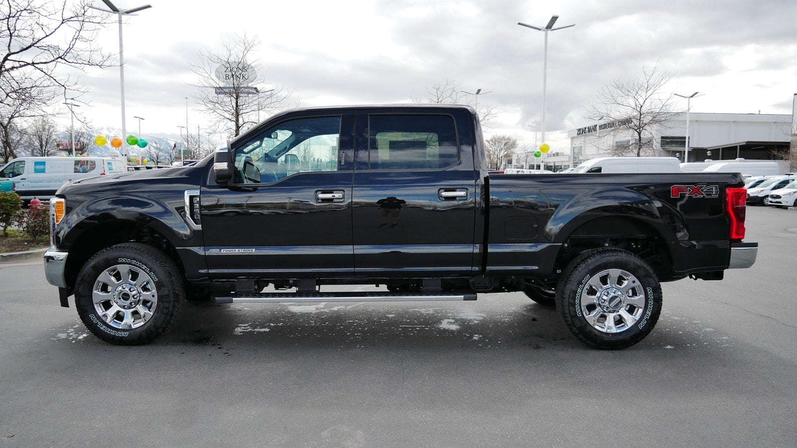 2019 F-350 Crew Cab 4x4,  Pickup #77137 - photo 6
