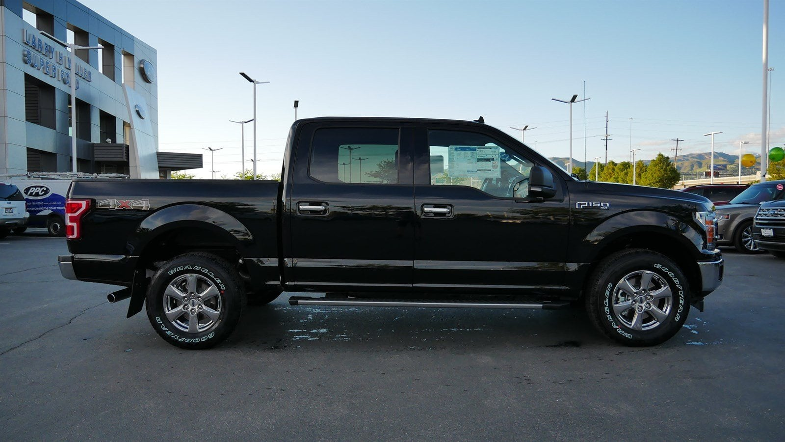 2019 F-150 SuperCrew Cab 4x4,  Pickup #77175 - photo 3