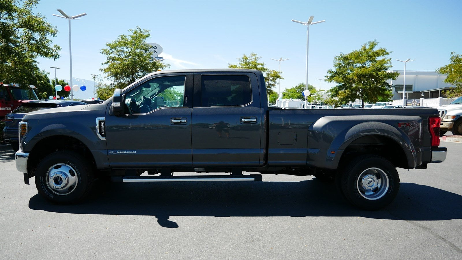 2019 F-350 Crew Cab DRW 4x4,  Pickup #77258 - photo 7