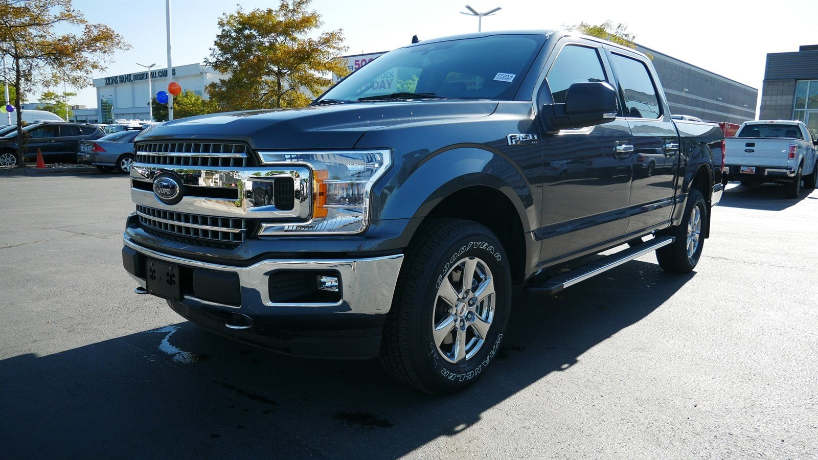2019 F-150 SuperCrew Cab 4x4, Pickup #77314 - photo 8