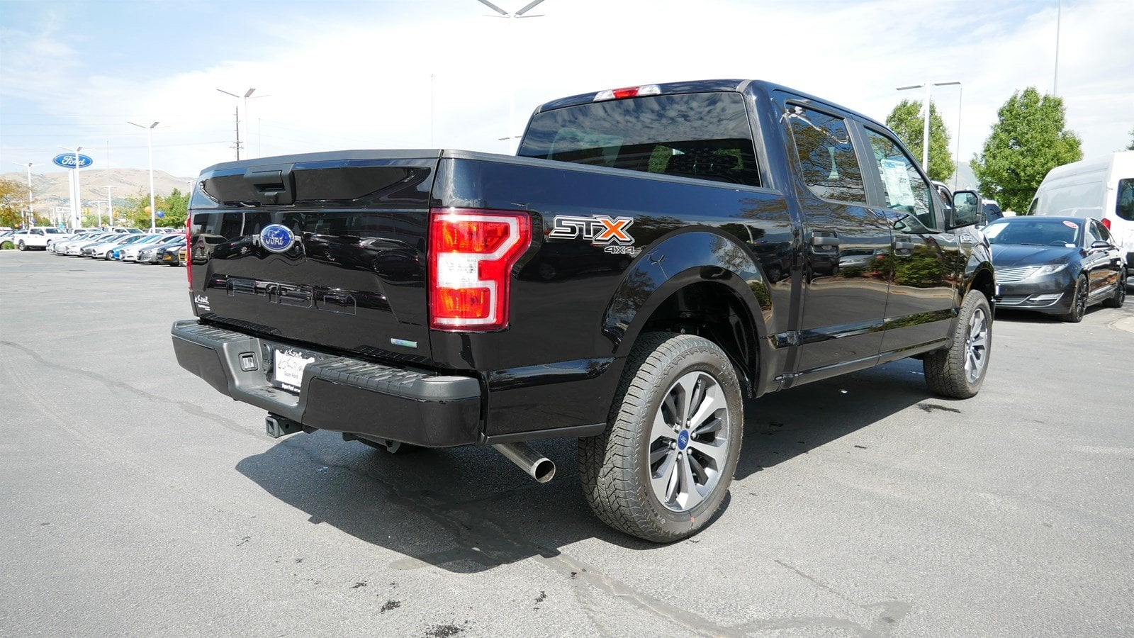 2019 F-150 SuperCrew Cab 4x4, Pickup #77325 - photo 2