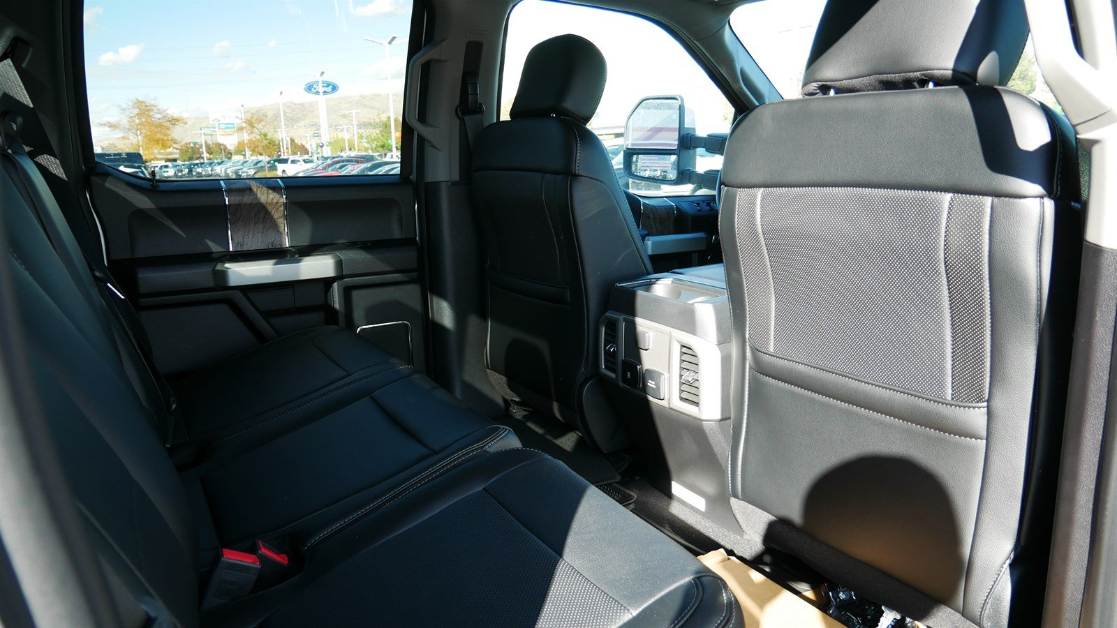 2019 F-350 Crew Cab 4x4, Pickup #77410 - photo 31