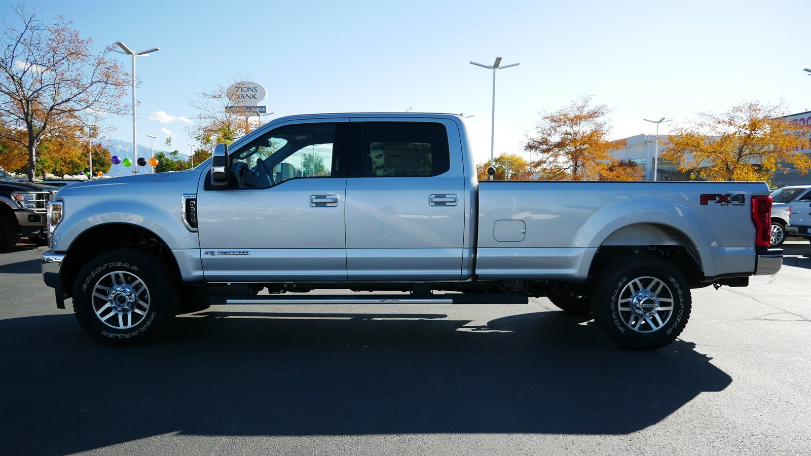 2019 F-350 Crew Cab 4x4, Pickup #77410 - photo 7